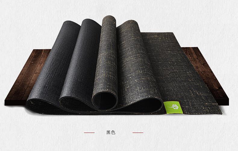 黑色亚麻垫